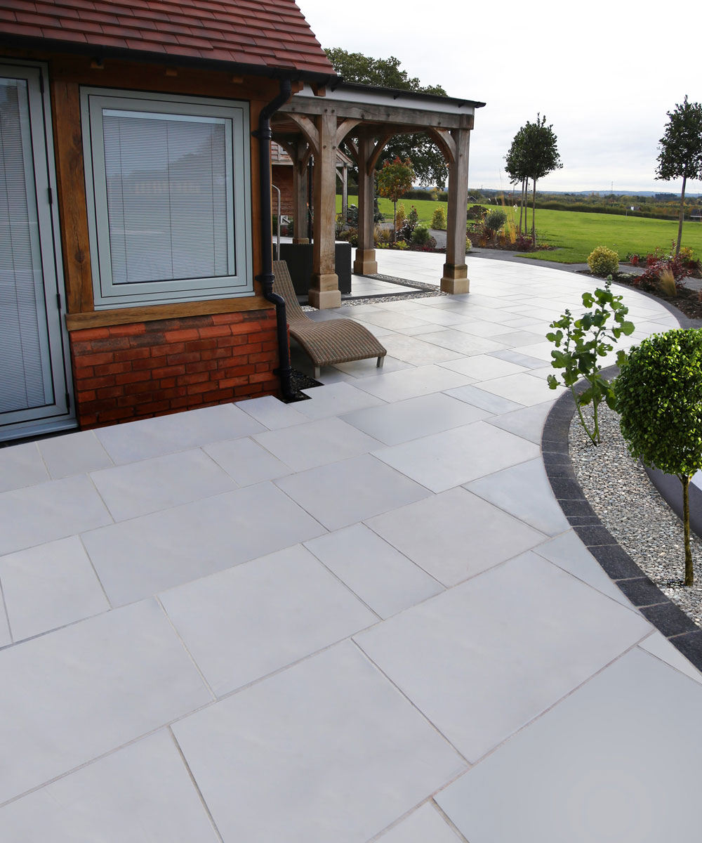 Knightwood-Grey-Smooth-Sandstone