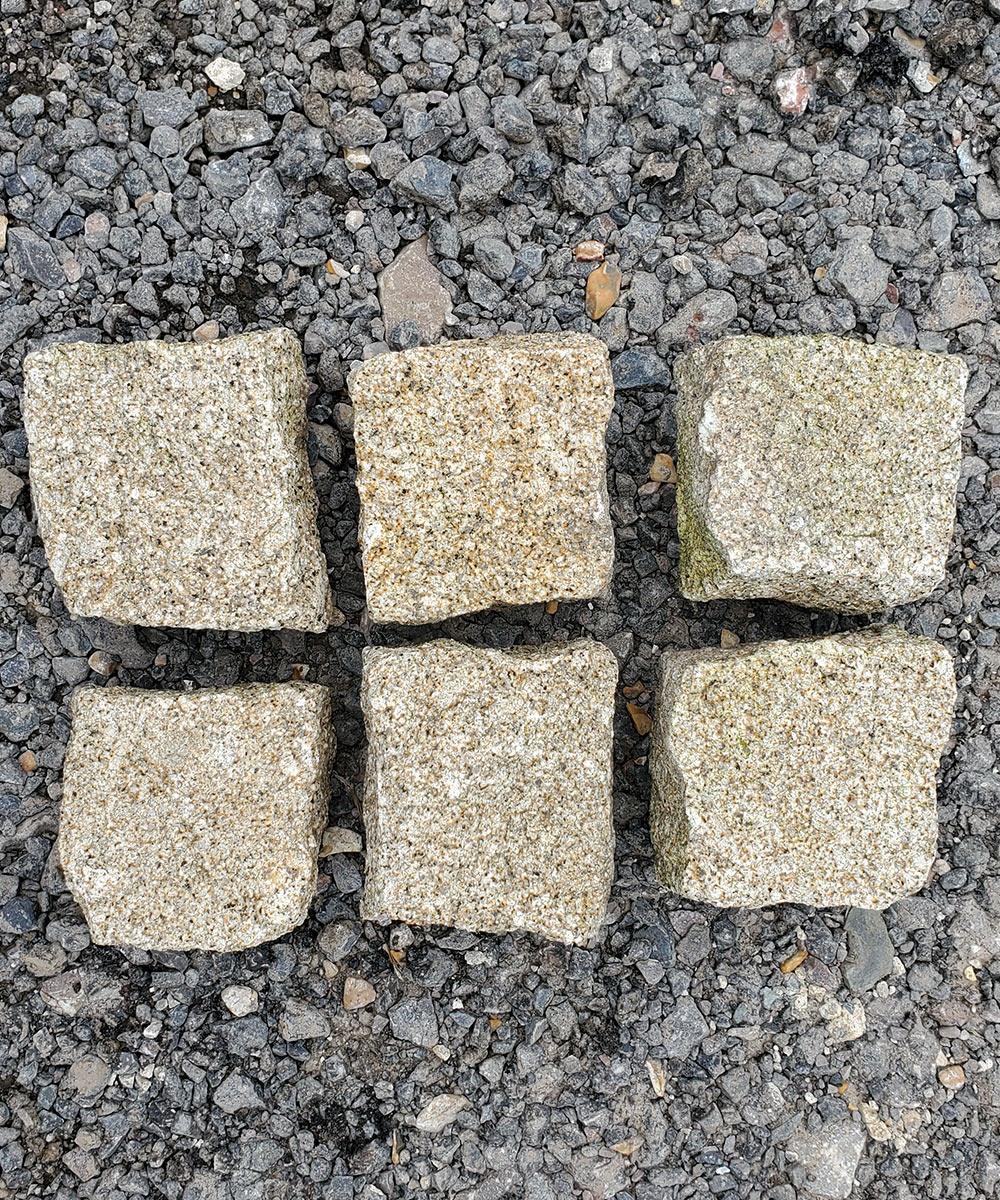 Portmore-Beige-Granite-Setts